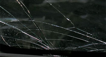 Construction equipment windshield replacement