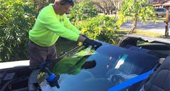 Cape Coral windshield replacement