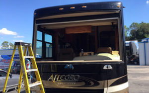 Mobile Sarasota RV Windshield Replacement